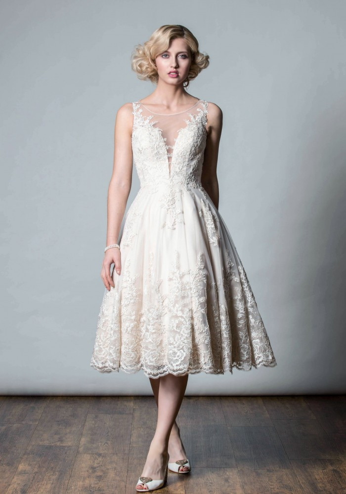 1055 - Rita Mae by Alan Hannah - Butterfly Bridal Boutique